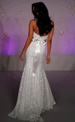 style,inspiration,and design, how to tie a ribbon on your wedding dress