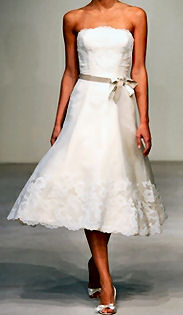 Vera Wang, style,inspiration,and design, how to tie a ribbon on your wedding dress