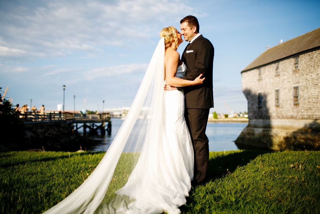 Featured image for 'Real Wedding! Black, White and Gold-Portsmouth, NH' article