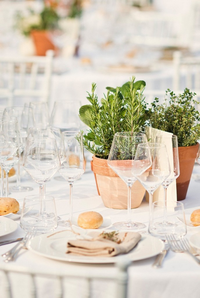 Country-style Holiday Table Decor - Lisa Sammons Events