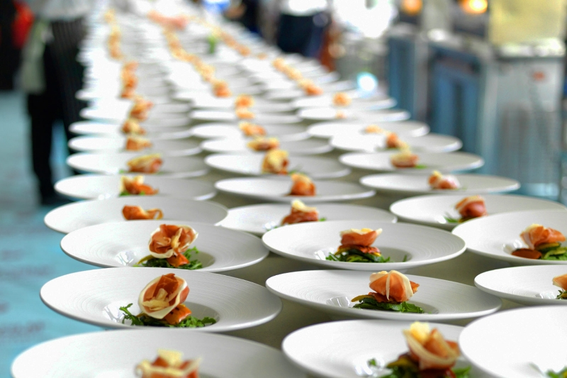 Featured image for 'How to request catering quotes' article