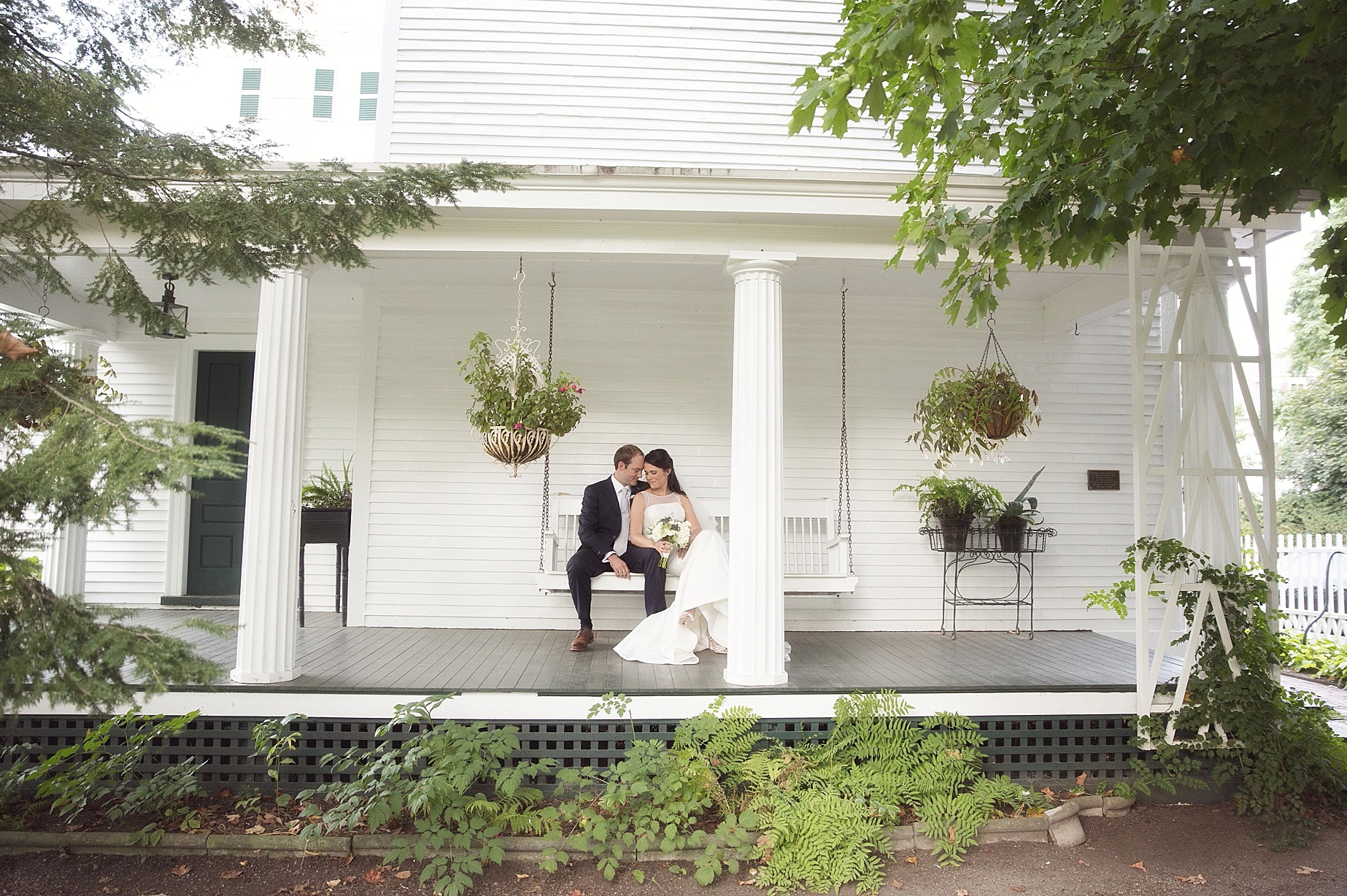 Featured image for 'Navy Blue and Neutrals Wedding Portsmouth NH' article